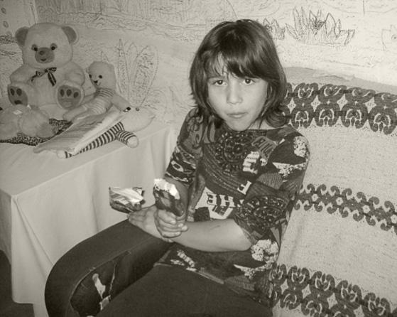 """Florentina hat im Waisenhaus von """"Kinder in Not"""", mit weiteren drei Geschwistern, ihr Zuhause gefunden"""